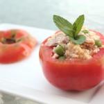 """Pomodori ripieni di cous cous """"all'acqua di pomodoro"""""""