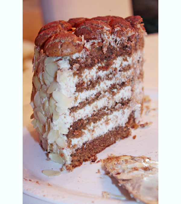 torta_amaretti_fette